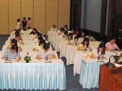 Nhiều cơ hội sang Singapore làm việc